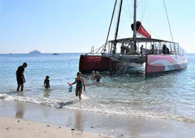 Sortie sur le lagon de Mayotte en catamaran, plages, ilots
